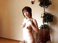 Lactamanija - アジアのお母さんを得るセックス無修正